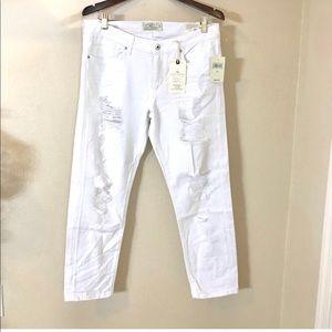 Lucky Brand | $99 Slim Boyfriend Destroyed Pants